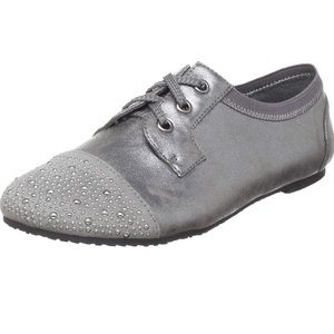 Wanted silver/pewter stud oxford/sneaker size 10